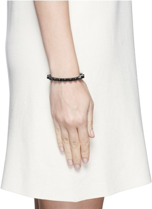 Figure View - Click To Enlarge - Lynn Ban - 'Thin Gear' black rhodium silver bangle