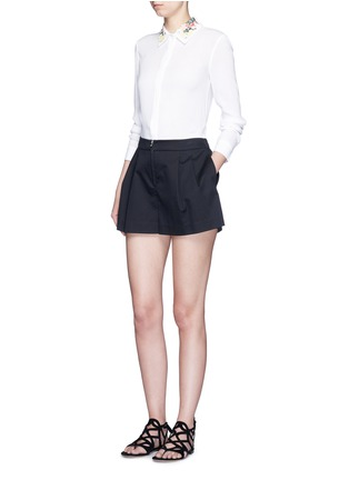 Figure View - Click To Enlarge - alice + olivia - 'Saira' floral embroidered collar crépon shirt