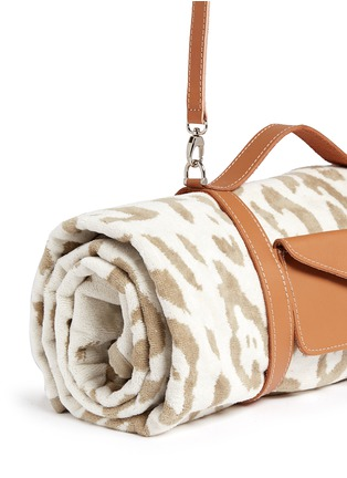 Detail View - Click To Enlarge - Maslin & Co - Jaguar jacquard beach towel and leather carrier set
