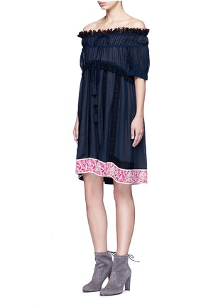 Figure View - Click To Enlarge - Chloé - Embroidered ruffle crinkled cotton-silk off-shoulder dress