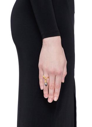 Figure View - Click To Enlarge - Heting - 'Pinecone' tsavorite pearl 18k gold ring