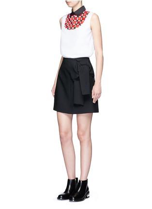 Figure View - Click To Enlarge - Cynthia & Xiao - Woven ribbon bib sleeveless cotton shirt