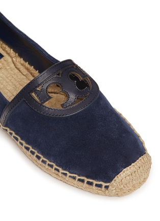 Detail View - Click To Enlarge - Tory Burch - 'Sidney' cutout leather logo suede espadrilles