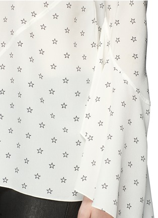 Detail View - Click To Enlarge - GIVENCHY - Bell cuff star print silk top