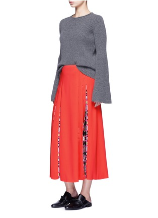 Figure View - Click To Enlarge - EMILIO PUCCI - 'Cady' check star print pleated maxi skirt