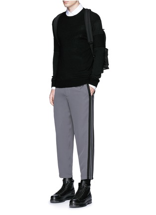 Figure View - Click To Enlarge - Alexander McQueen - Side stripe cropped jogging pants