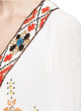 Detail View - Click To Enlarge - alice + olivia - 'Ray' embellished embroidery V-neck dress