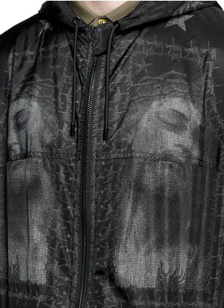 Detail View - Click To Enlarge - Givenchy - Barb wire Jesus print windbreaker jacket