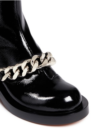 Detail View - Click To Enlarge - Givenchy - Chunky chain saffiano leather ankle boots