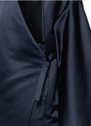 Detail View - Click To Enlarge - Ms MIN - Reversible silk satin blanket coat
