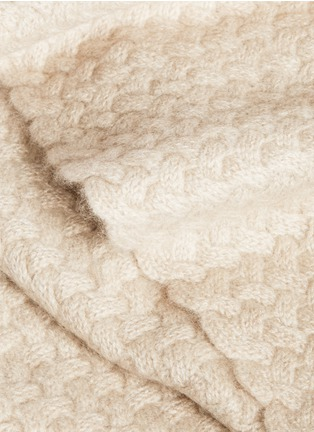 Detail View - Click To Enlarge - OYUNA - Scala cashmere throw