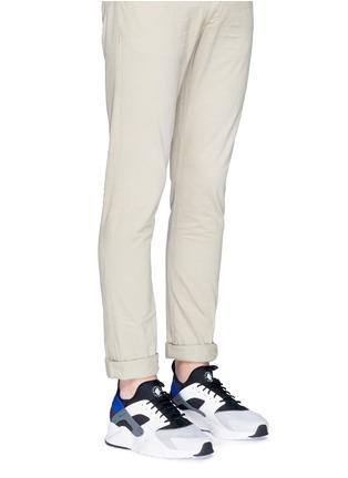 Figure View - Click To Enlarge - NIKE - 'Air Huarache Ultra' colourblock sneakers