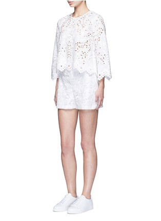 Figure View - Click To Enlarge - Theory - ''Micro E' floral cutwork embroidery linen-cotton shorts