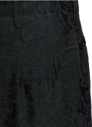 Detail View - Click To Enlarge - Uma Wang  - 'Osaka' floral jacquard cotton-linen-silk curved pants