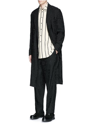 Figure View - Click To Enlarge - Uma Wang  - 'Spolvero' floral jacquard cotton-linen-silk coat