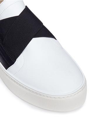 Detail View - Click To Enlarge - Stuart Weitzman - 'Flex' elastic strap colourblock leather skate slip-ons