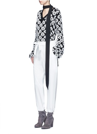 Figure View - Click To Enlarge - Chloé - Drawstring waist dropped crotch pants