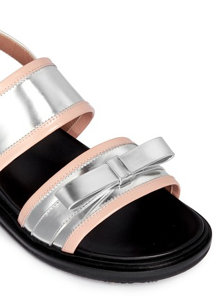 Detail View - Click To Enlarge - Marni - Contrast trim metallic leather bow sandals